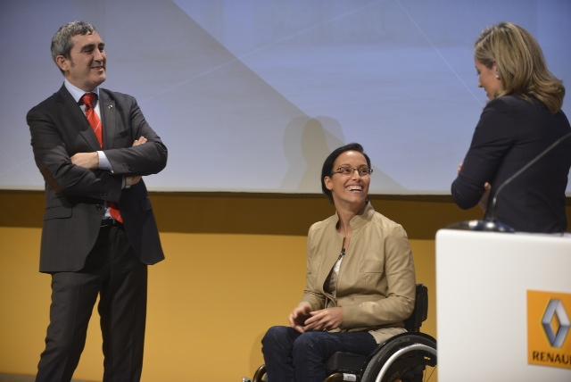 Fotografía de la Convención Grupo Renault con Teresa Perales
